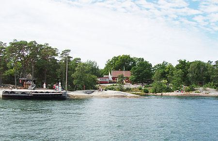 Finnhamn httpsuploadwikimediaorgwikipediacommonsthu