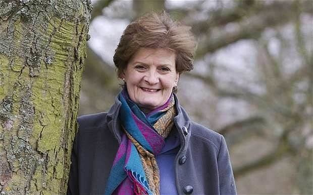 Fiona Reynolds Fiona Reynolds standing down as head of National Trust