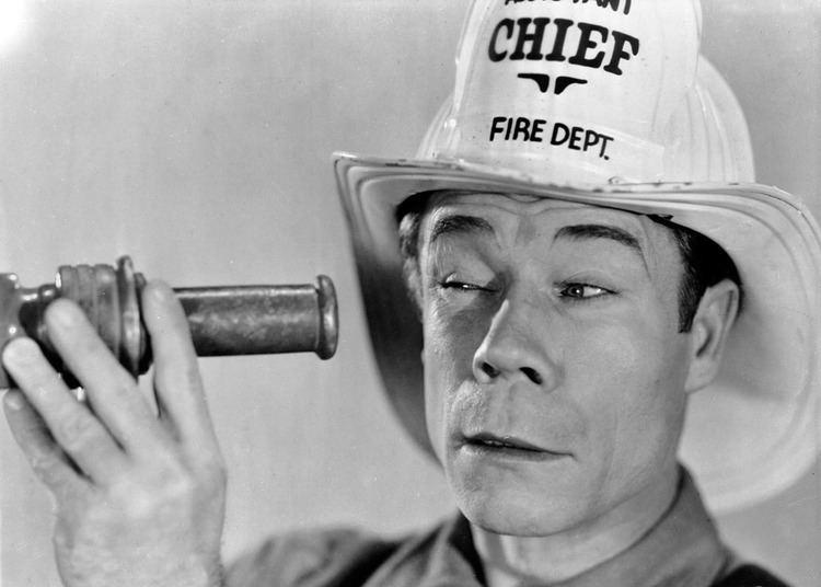 Fireman, Save My Child (1932 film) Fireman Save My Child 1932