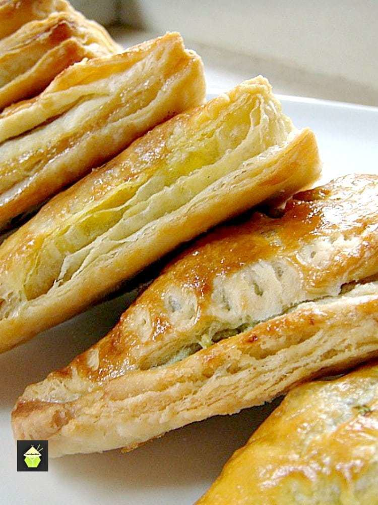 Flaky pastry lovefoodiescomwpcontentuploads201507Quicka