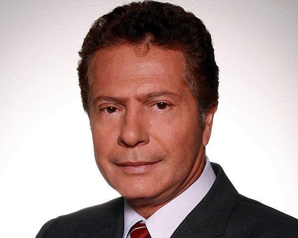 Flavio Caballero Flavio Caballero es Anbal Ramn el guardin de Jackeline