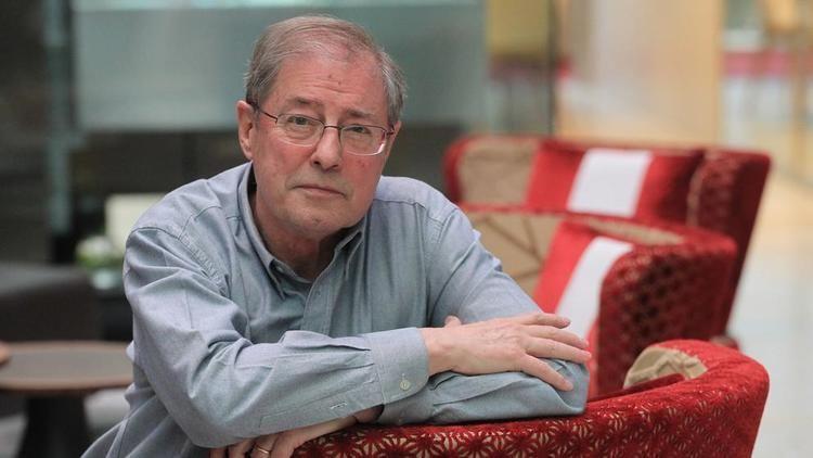 Félix de Azúa Flix de Aza quotLa educacin en Catalunya consiste en ensear odio a