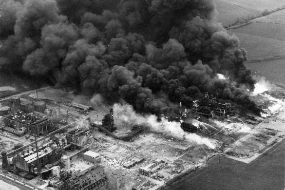 Flixborough disaster Untitled on emaze