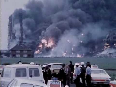 Flixborough disaster httpsiytimgcomvi8A1xSCUtBMhqdefaultjpg