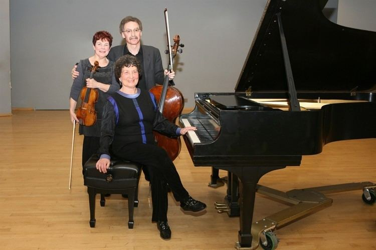 Florestan Trio Florestan Trio plays Brahms B Major InstantEncore
