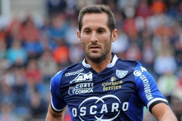 Florian Marange Foot Ligue 1 SCB Bastia prolonge Thomas Vincensini et Florian