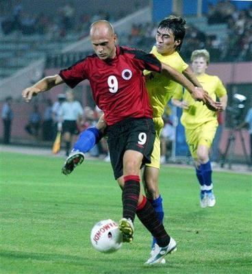 Florian Myrtaj FLORIAN MYRTAJ IL MURATORE ALBANESE CHE DIVENT BOMBER Football