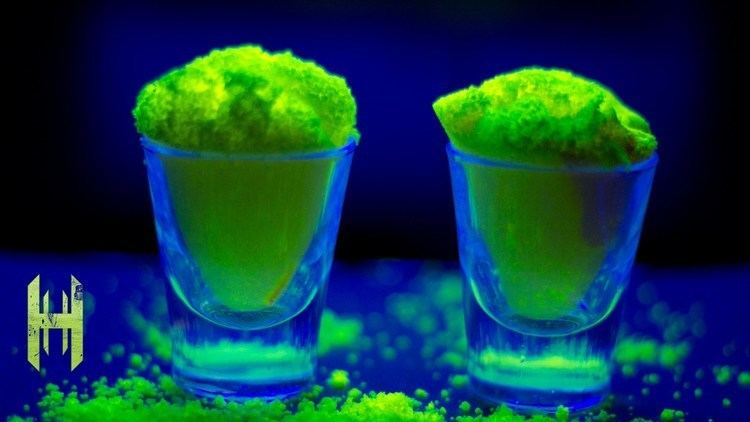 Fluorescein Amazing Glow Powder Fluorescein YouTube