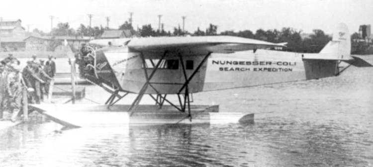 Fokker Universal Fokker Universal with floatsjpg