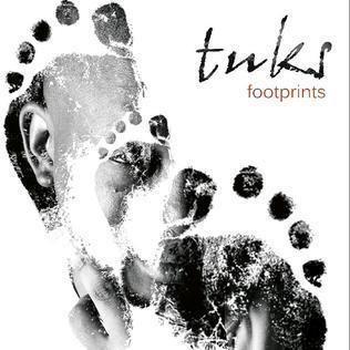 Footprints (Tuks Senganga album) httpsuploadwikimediaorgwikipediaenaadFoo