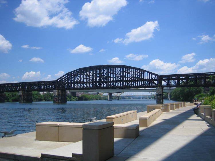 Fort Wayne Railroad Bridge FileFort Wayne Railroad Bridgejpg Wikimedia Commons
