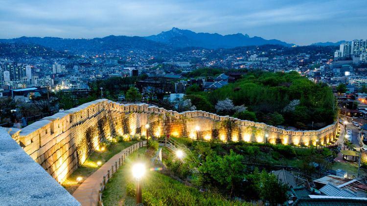 Fortress Wall of Seoul Fortress Wall of Seoul Tour l OnedayKorea Tours