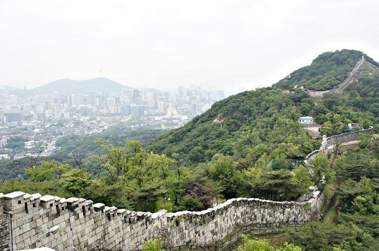 Fortress Wall of Seoul 4bpblogspotcomDbsKrwuryLAT8We0wPMkIAAAAAAA