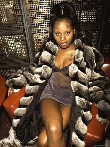 foxy-brown-rapper-2dcdaa4d-657b-4f23-927