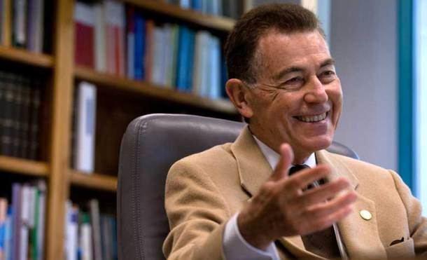 Francisco J. Ayala Entrevista a Francisco J Ayala en el Da de Darwin