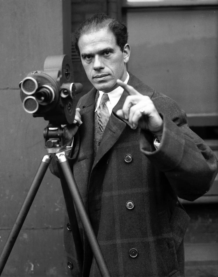 Frank Capra Frank Capra Film Cinema The Red List