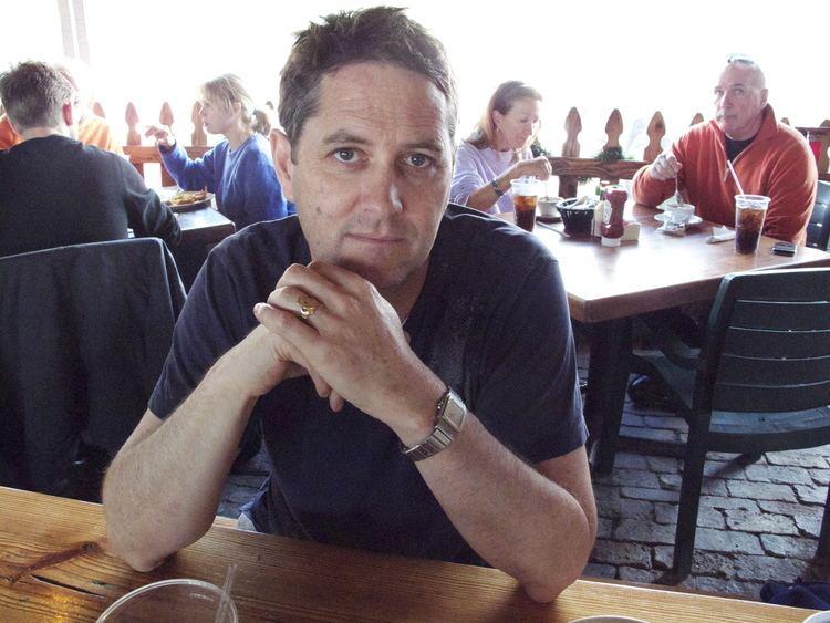 Frank Evers (CEO) httpsuploadwikimediaorgwikipediacommons44