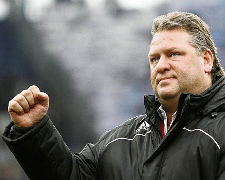 Frank Pagelsdorf 2 Bundesliga Pagelsdorf und Bommer vor die Tr gesetzt
