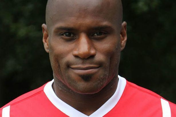 Frank Sinclair Frank Sinclair unable to agree new Wrexham FC deal Daily