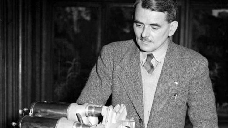 Frank Whittle BBC School Radio Britain since the 1930s Frank