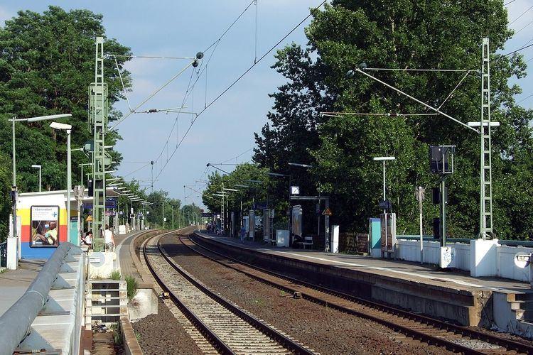 Frankfurt Nied station