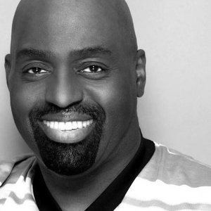Frankie Knuckles httpsa1imagesmyspacecdncomimages0334177e3