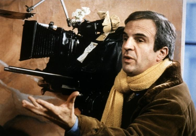 François Truffaut 12 Essential Franois Truffaut Films You Need to Watch Taste of