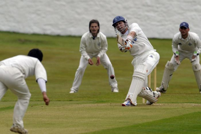 Fraser Watts shines with a century for Carlton The Scotsman