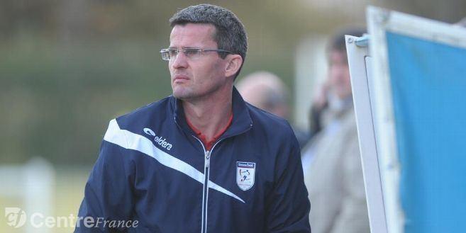 Frédéric Gueguen FootballDH Frdric Gueguen quitte le banc de Saran direction