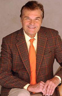 Fred Willard httpsuploadwikimediaorgwikipediacommonsthu