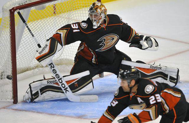 Frederik Andersen Monday39s NHL need to know Frederik Andersen keying red