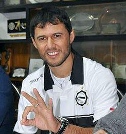 Fredy Bareiro httpsuploadwikimediaorgwikipediacommonsthu