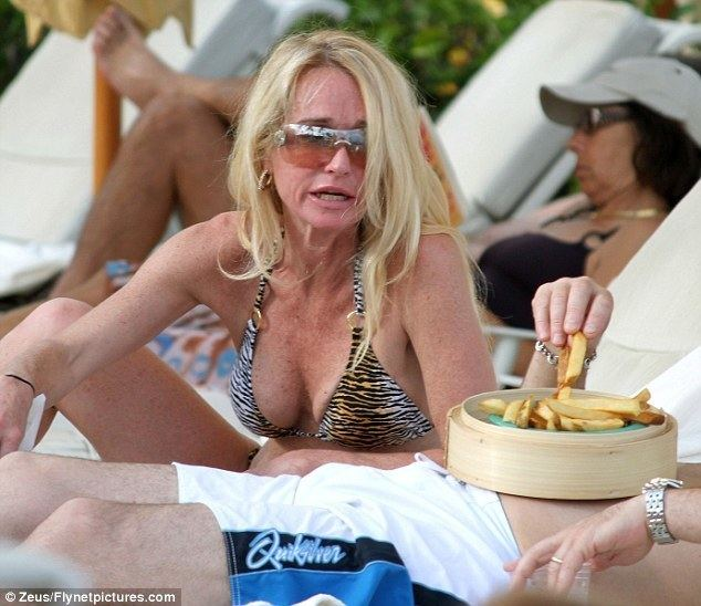 French Fried Vacation movie scenes Snacks Real Housewives Of Beverly Hills star Kim Richards was spotted lounging around the pool