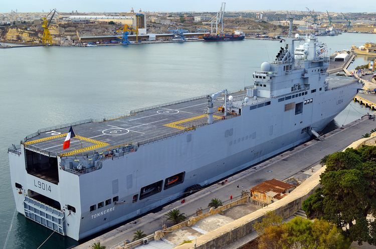 French ship Tonnerre (L9014) Tonnerre The French Navy39s assault ship L9014 Tonnerre in Flickr
