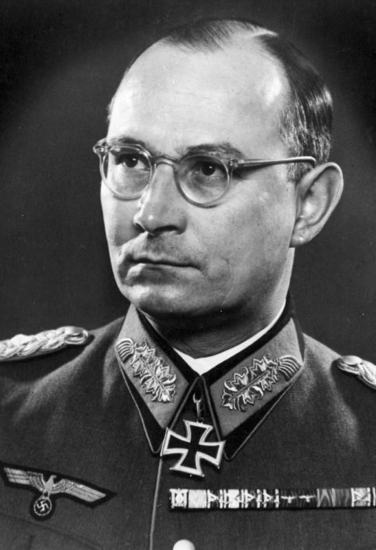 Friedrich Olbricht httpsuploadwikimediaorgwikipediacommons88