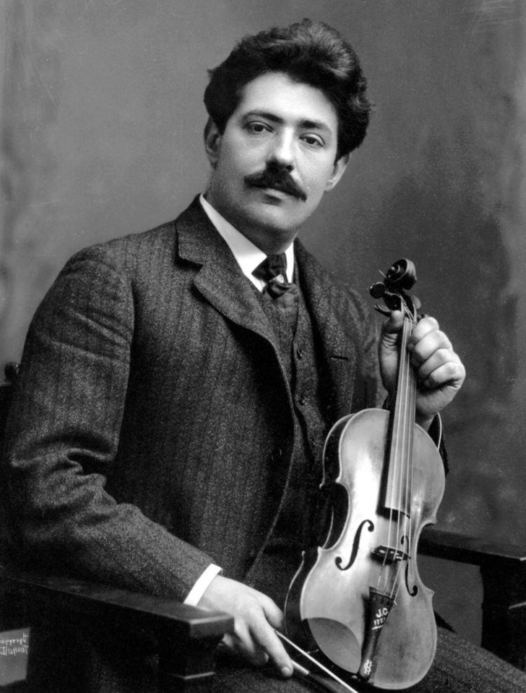 Fritz Kreisler THE UNIQUE GUITAR BLOG Andres Segovia39s Guitars