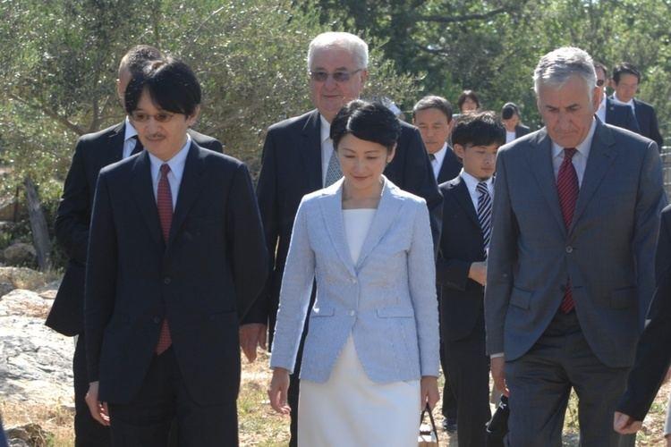 Fumihito, Prince Akishino Japanese Prince Akishino thrilled with olives from Konavle