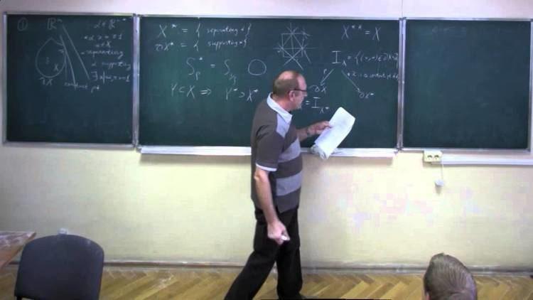 Fyodor Zak Fyodor Zak Convex bodies dual varieties and osculating spaces