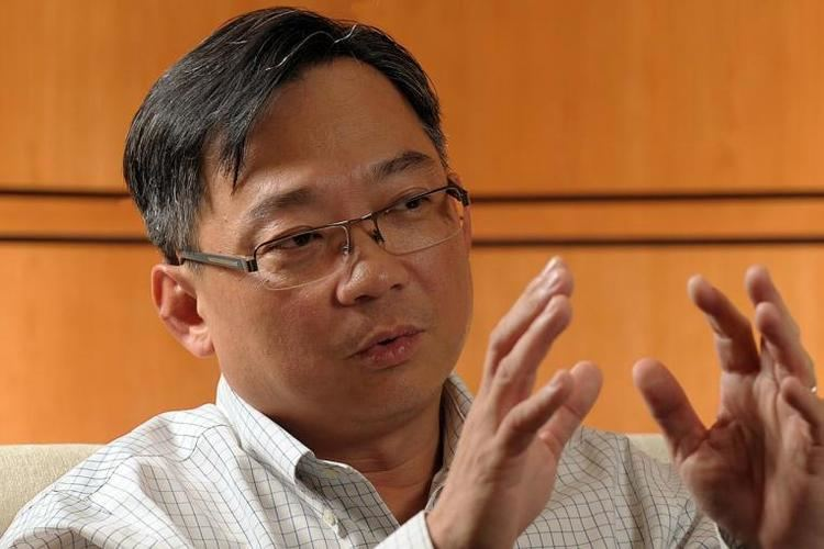 Gan Kim Yong Pharmacists to play bigger role in patient care Health Minister Gan