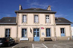 Gare de Plouharnel-Carnac httpsuploadwikimediaorgwikipediacommonsthu