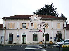 Gare d'Oyonnax httpsuploadwikimediaorgwikipediacommonsthu