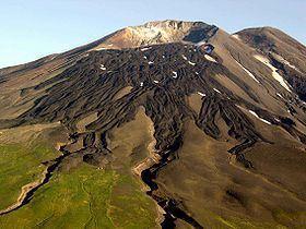 Gareloi Volcano httpsuploadwikimediaorgwikipediacommonsthu