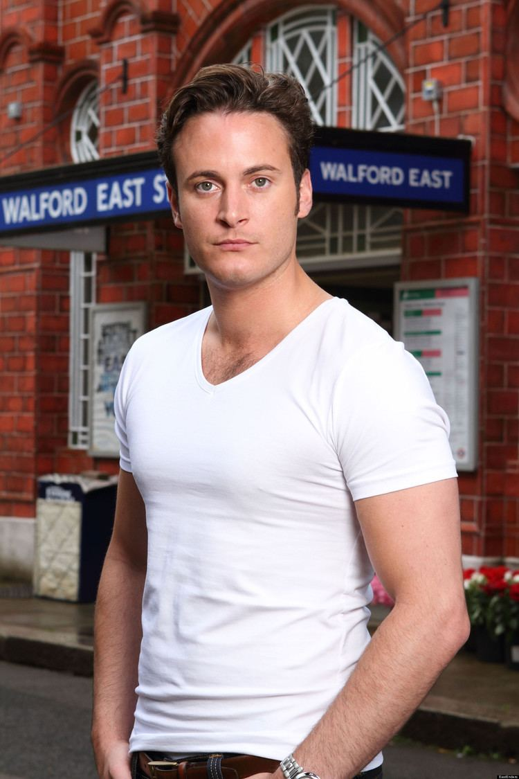 Gary Lucy EastEnders Spoiler Gary Lucy Makes A Splash In Walford As