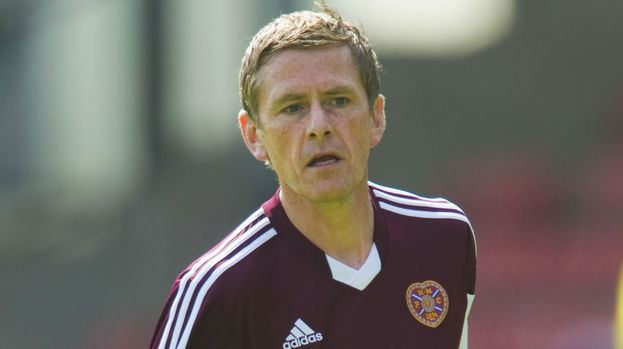 Gary Naysmith Former Scotland international Gary Naysmith to sign deal