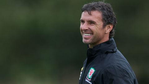 Gary Speed Tributes pour in for Gary Speed Sgorio