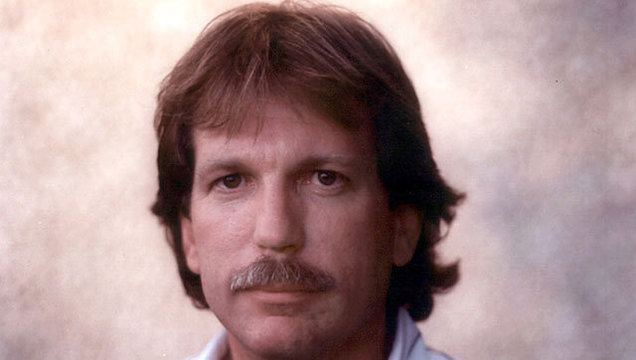Gary Webb Investigative Reporter Gary Webb Who Linked CIA to Crack