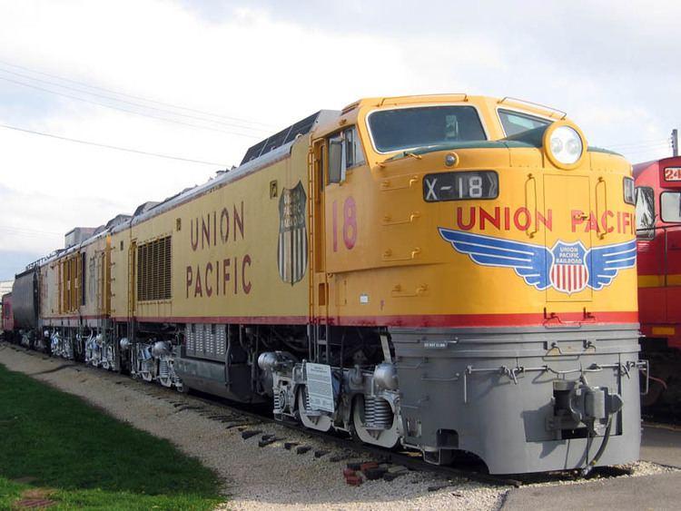 Gas turbine-electric locomotive