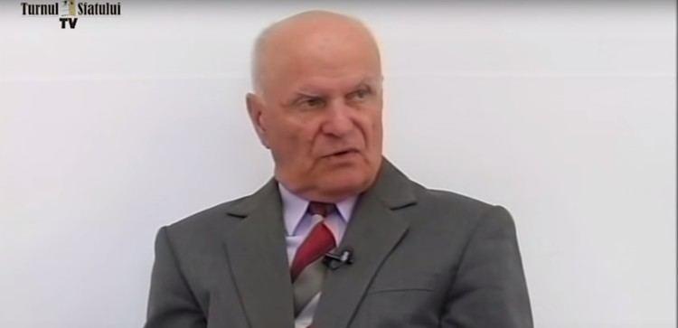 Gavril Dejeu Dejeu Oricine ar fi candidat in locul lui Iohannis ar fi
