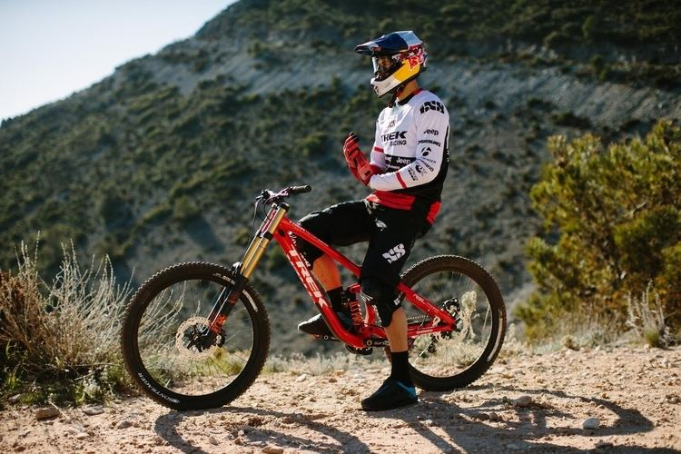 Gee Atherton 9 Bike Questions with Gee Atherton Pinkbike