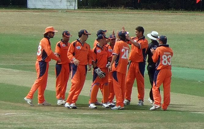 Geert Maarten Mol (Cricketer) playing cricket